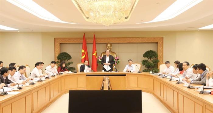 Tổ trưởng Tổ công tác của Thủ tướng Chính phủ lưu ý, 3 dự thảo Nghị định có hiệu lực từ 1/7/2017 có thể bị chậm trễ. Ảnh: TTXVN
