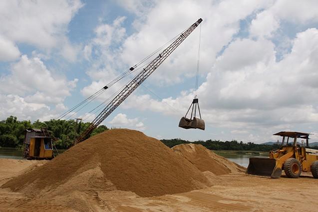 Vi phạm khai thác cát sẽ không được tham gia đấu thầu
