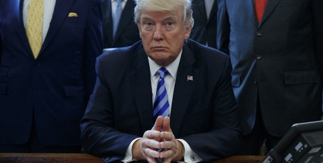 Tổng thống Trump gặp các nữ CEO của các doanh nghiệp nhỏ và tuyên bố chuyến thăm của Ivanka Trump với Thủ tướng Đức Angela Merkel. (Nguồn: Fox Business)