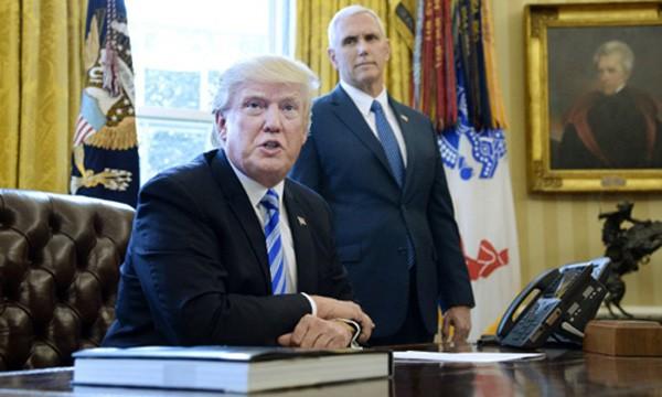 Tổng thống Mỹ Donald Trump và Phó tổng thống Mike Pence. Ảnh:AP