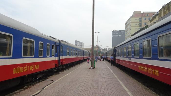 Hệ thống thiết bị thông tin tín hiệu tại ga Hà Nội được đưa vào sử dụng trong 1 năm đã phải dỡ bỏ để lấy mặt bằng thi công dự án khác. Ảnh: Tường Lâm