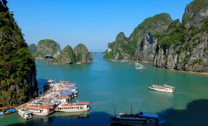 Quảng Ninh có nhiều tiềm năng, thế mạnh như cảnh quan thiên nhiên, vị trí địa lý, tài nguyên khoáng sản, là vùng đất giao thoa của nhiều nền văn hóa...
