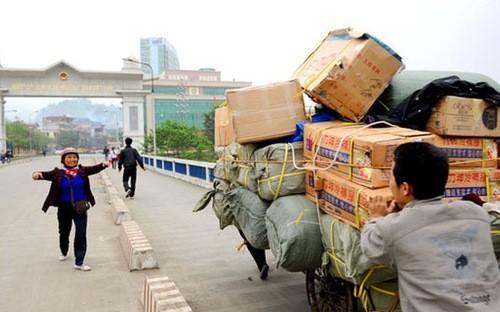 Nhập siêu từ các thị trường tăng mạnh, trong đó có thị trường Trung Quốc.