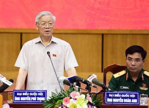 Tổng bí thư Nguyễn Phú Trọng phát biểu tại cuộc tiếp xúc cử tri. Ảnh: Giang Huy