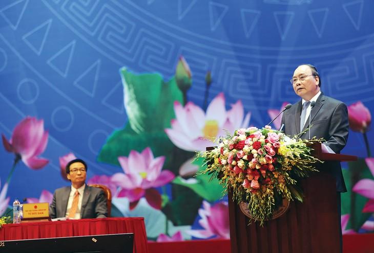 Thủ tướng Nguyễn Xuân Phúc cho biết, trong thời gian tới, Chính phủ sẽ tập trung kiến tạo môi trường kinh doanh minh bạch, thuận lợi cho doanh nghiệp. Ảnh: Lê Tiên