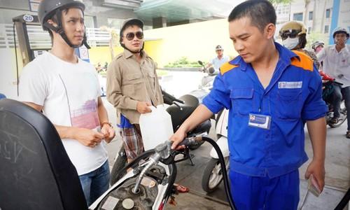 Giá xăng có thể vẫn tiếp đà giảm trong kỳ điều hành ngày 20/5