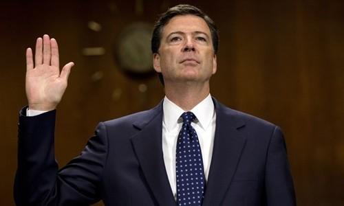 Cựu giám đốc FBI James Comey. Ảnh:Huffington Post