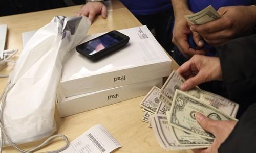 Apple hiện có vốn hóa hơn 800 tỷ USD. Ảnh:Quartz