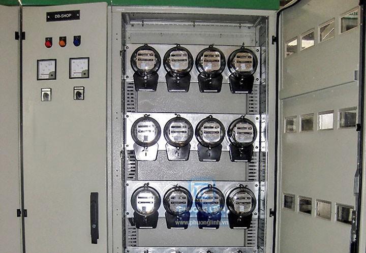 Cơ quan điều tra đã thu giữ hàng trăm công tơ điện làm giả nhãn hiệu Gelex Emic của Tổng công ty CP Thiết bị điện. Ảnh: Lê Quang