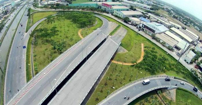 Dự án Xây dựng 2 nút giao nhằm phát huy tính hiệu quả của đường cao tốc TP.HCM - Trung Lương và các tuyến đường nối. Ảnh: Hoàng Hà