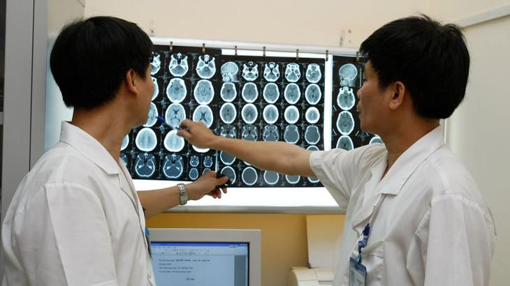 Mở hai gói thầu trang thiết bị Bệnh viện Đa khoa Kiên Giang