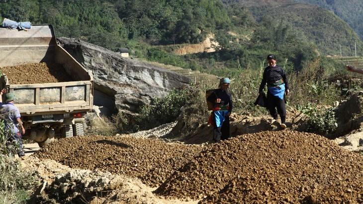Qua thanh tra, Sở KH&ĐT tỉnh Lào Cai đã giảm trừ giá trị dự toán gần 119 triệu đồng tại Dự án Đường giao thông từ thôn Nậm Giang 2 đi thôn Suối Thầu 3. Ảnh: Thùy Linh