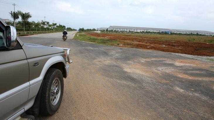26 lô đất tại Khu dân cư Phú Quý 3 vẫn chưa được Trung tâm Phát triển quỹ đất huyện Núi Thành (Quảng Nam) thực hiện đấu giá. Ảnh: Tiên Giang