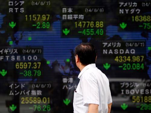 Chứng khoán châu Á hầu hết đi lên. Ảnh: Reuters