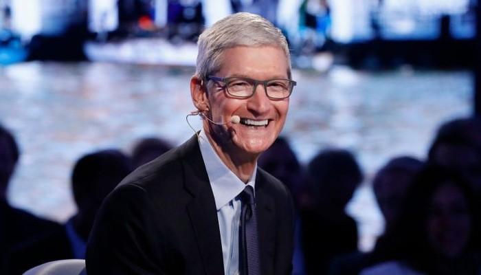 Tổng giám đốc (CEO) Tim Cook của Apple - Ảnh: Reuters/CNBC.