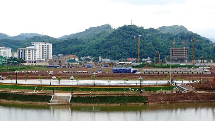 Dự án Tạo mặt bằng khu Trung tâm hành chính và quảng trường tỉnh Sơn La đã thực hiện được khoảng 60% khối lượng