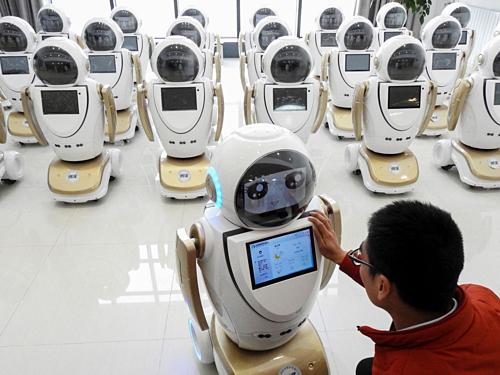 Robot đang ngày càng phổ biến trong nhiều lĩnh vực.Ảnh: AFP
