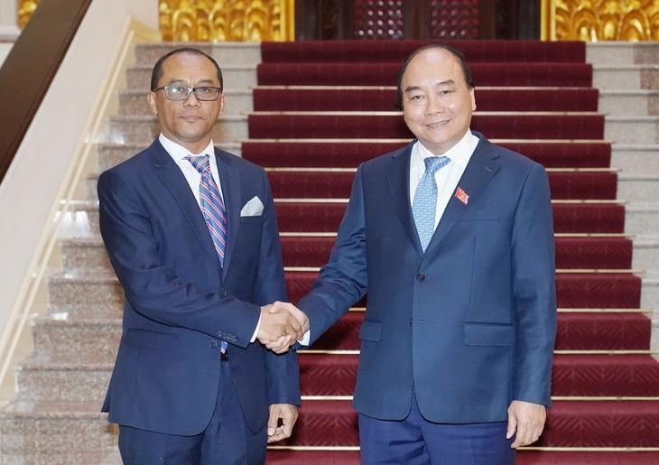 Thủ tướng Nguyễn Xuân Phúc bày tỏ mong muốn Timor-Leste tiếp tục quan tâm, tạo điều kiện thuận lợi cho cộng đồng người Việt, các doanh nghiệp Việt Nam. Ảnh: Hiếu Nguyễn