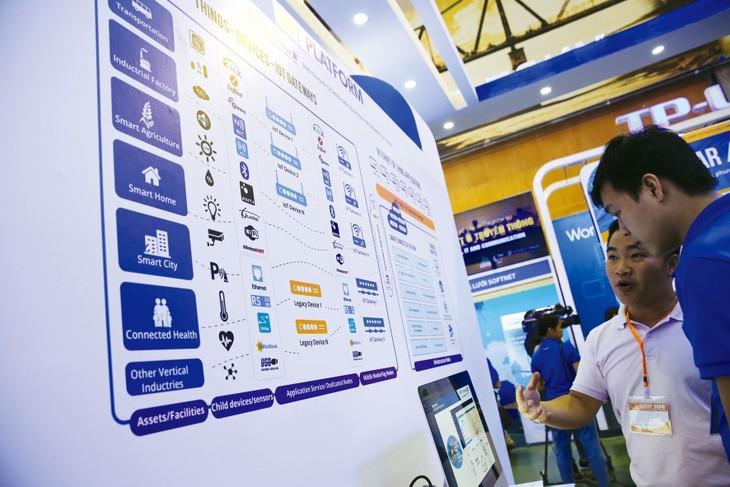 """Để giành được thắng lợi trên """"sân chơi"""" mới đầy tiềm năng và cạnh tranh như CPTPP, nhà thầu Việt trước hết phải linh hoạt, chủ động nắm bắt thông tin. Ảnh: Lê Tiên"""