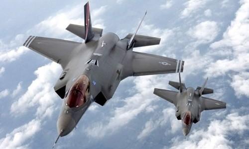 Tiêm kích F-35, dòng máy bay đắt đỏ nhất của không quân Mỹ. Ảnh:Military.