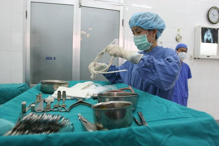 Mua sắm tập trung vật tư y tế tại Hà Nội: Một lý do cho các nhà thầu bị loại