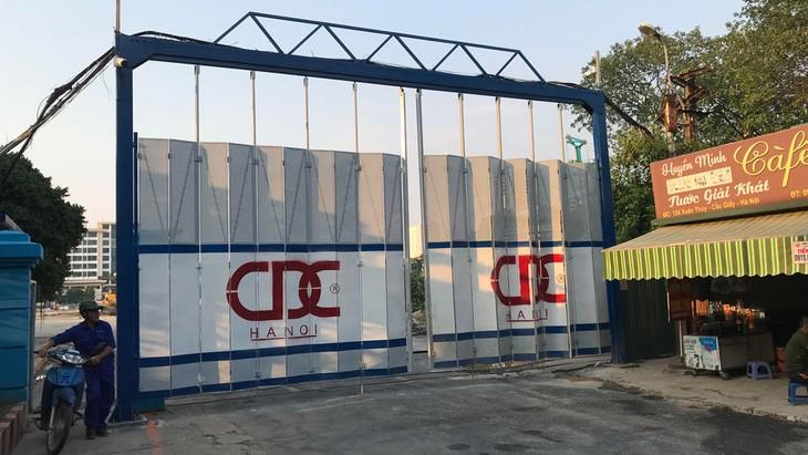 Dự án Khu phức hợp tại 122 - 124 Xuân Thủy, quận Cầu Giấy, Hà Nội được động thổ vào cuối tháng 3/2019 và đang được xây dựng. Ảnh: Lê Tiên