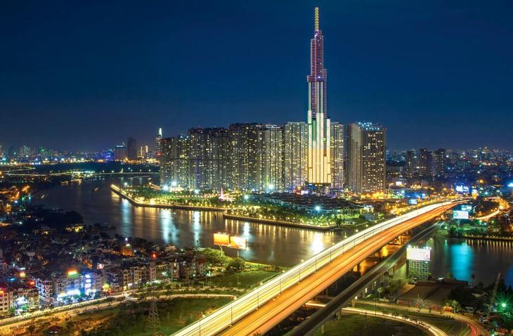 Lựa chọn nền tảng công nghệ phát triển đô thị thông minh cần phải phù hợp và có nhiều khả năng phát triển, mở rộng trong tương lai. Ảnh: Giang Đông
