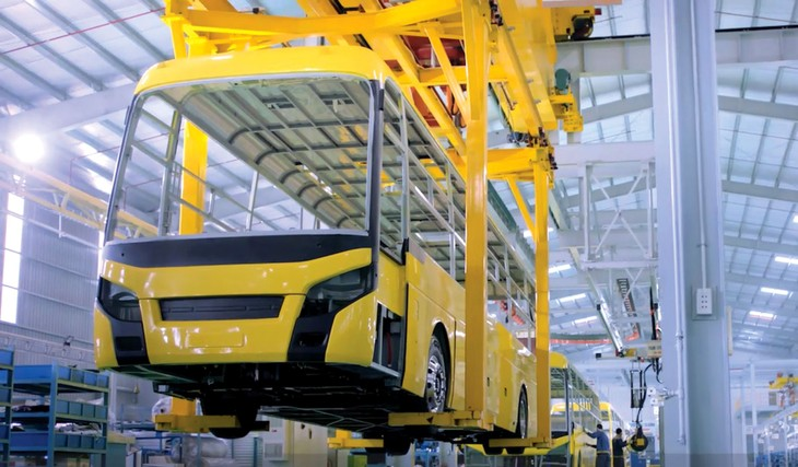 Các chính sách về thuế nhập khẩu được nhiều doanh nghiệp đề xuất phải thay đổi để tạo điều kiện phát triển công nghiệp hỗ trợ ngành ô tô. Ảnh: Thạch Lựu