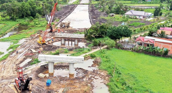 Dự án Cao tốc Trung Lương - Mỹ Thuận điều chỉnh một số hạng mục đảm bảo thông tuyến vào cuối năm 2020. Ảnh: Quốc Hùng