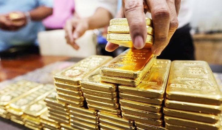 Chênh lệch giữa giá vàng trong nước và giá vàng thế giới hiện ở mức khoảng 2 triệu đồng/lượng. Ảnh: st
