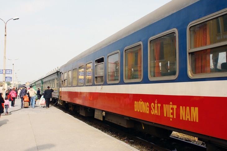 Tổng công ty Đường sắt Việt Nam đề xuất quay về bộ chủ quản cũ liên quan đến vướng mắc trong cơ chế đặt hàng công tác bảo trì kết cấu hạ tầng. Ảnh: Nhã Chi