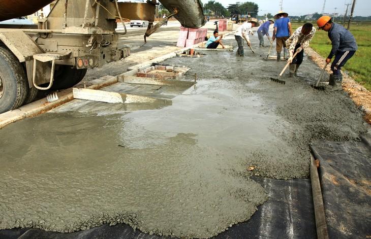 Gói thầu xây dựng gần 3 km đường tại thị xã Bình Long, tỉnh Bình Phước bị các nhà thầu phản ánh có nhiều biểu hiện hạn chế cạnh tranh. Ảnh minh họa: Lê Tiên