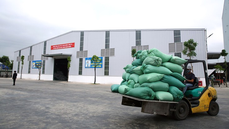Nhu cầu thuê khu công nghiệp, kho vận đang trên đà giảm dưới tác động của dịch Covid-19. Ảnh: Lê Tiên