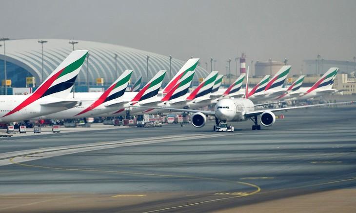 Máy bay của hãng Emirates tại sân bay quốc tế Dubai. Ảnh:Bloomberg
