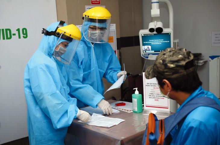 Nhằm ứng phó dịch Covid-19, Sở Y tế tỉnh Vĩnh Phúc đã đẩy nhanh việc thực hiện chỉ định thầu các gói thầu cung cấp vật tư y tế cấp bách. Ảnh: Danh Lam