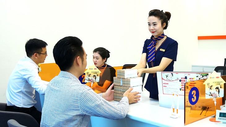 Đến nay, các tổ chức tín dụng đã cho vay mới 47.000 khách hàng với doanh số cho vay đạt gần 80.000 tỷ đồng. Ảnh: Lê Tiên