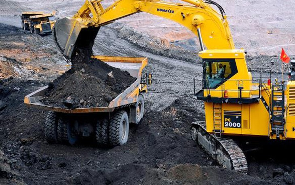 TKV đã hoàn thành việc tăng tỷ lệ sở hữu lên 65% đối với 5/6 công ty cổ phần sản xuất than. Ảnh: Nhã Chi