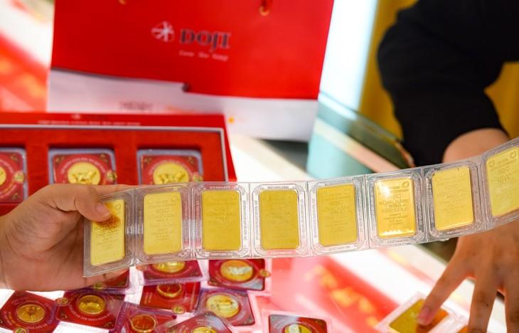Giá vàng trong nước sáng 22/4 vẫn ở mức trên 48 triệu đồng/lượng. Ảnh: TTXVN