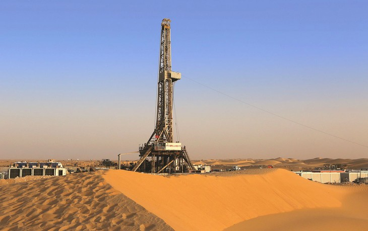 Giàn khoan PVD tại sa mạc Sahara