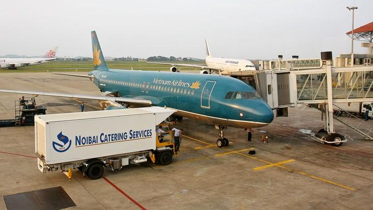 Các chuyến bay nội địa từ tháng 3 cho đến hết tháng 9 năm 2020 được đề xuất giảm 50% giá cất cánh, hạ cánh tàu bay và giá dịch vụ điều hành bay đi, đến. Ảnh: Tường Lâm