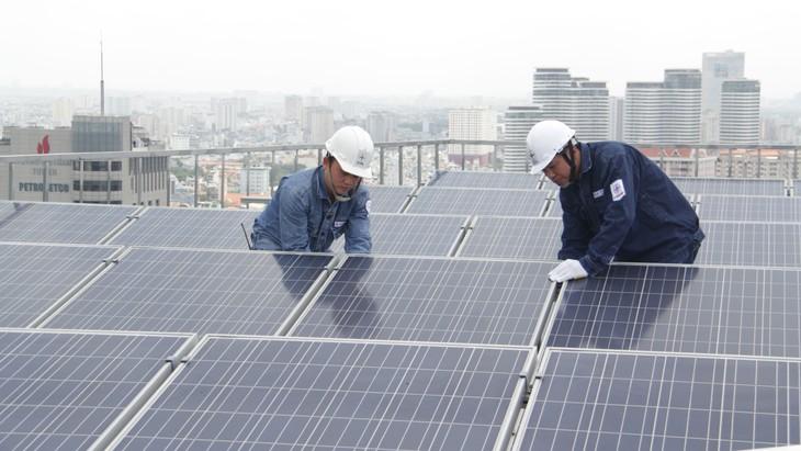 Lũy kế từ năm 2019 đến nay, TP.HCM có 6.407 công trình điện mặt trời trên mái nhà được thực hiện với công suất là 81,97 MWp