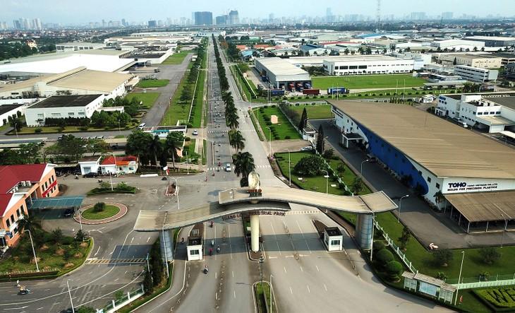 Phần lớn doanh nghiệp Mỹ, Nhật Bản, châu Âu và các nước khác đang hoạt động tại Việt Nam đều mong muốn tiếp tục mở rộng quy mô sản xuất, kinh doanh. Ảnh: Lê Tiên