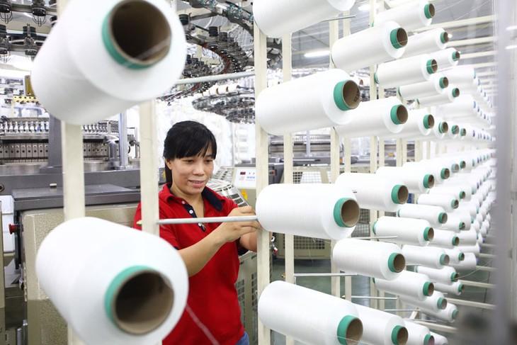 Nên lựa chọn những hình thức ưu đãi thuế nhằm khuyến khích các doanh nghiệp đầu tư dài hạn. Ảnh: Minh Khuê