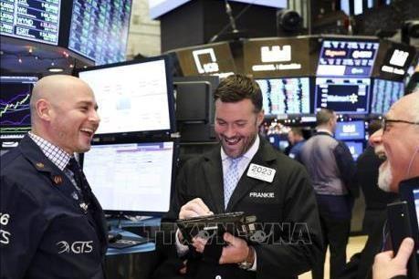 Chứng khoán Mỹ: Chỉ số Nasdaq lập kỷ lục mới nhờ số liệu kinh tế khả quan. Ảnh: TTXVN/AFP