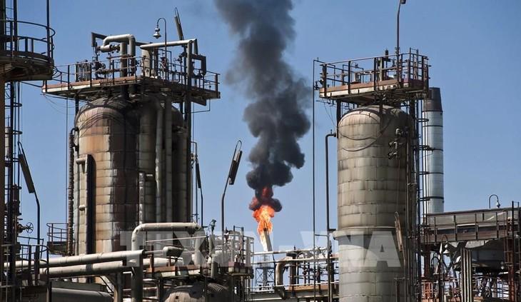 Một cơ sở khai thác dầu ở Tula, bang Hidalgo, Mexico. Ảnh: AFP/TTXVN