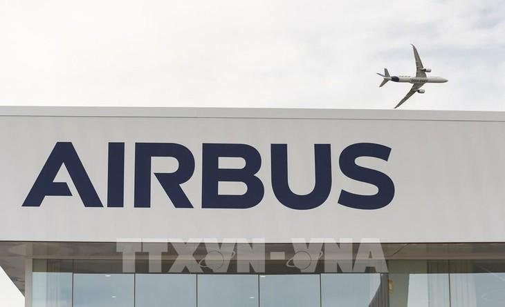 Mỹ và Liên minh châu Âu (EU) chưa tháo gỡ được mâu thuẫn về việc trợ cấp cho hãng sản xuất máy bay Airbus. Ảnh: TTXVN