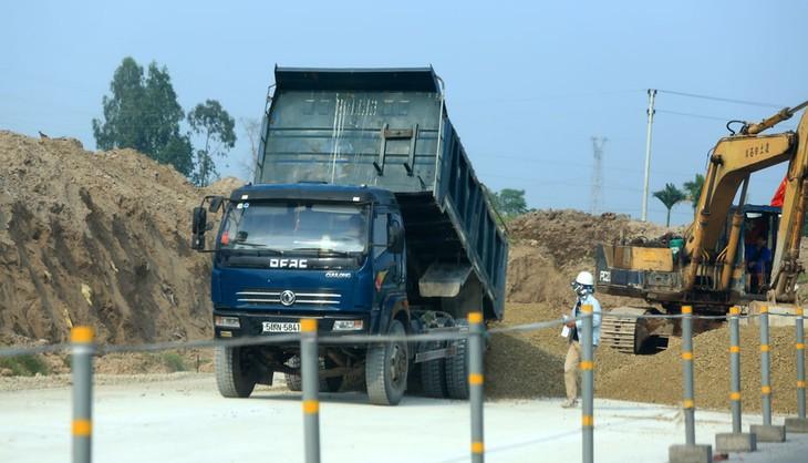Dự án Xây dựng tuyến Lộ Tẻ - Rạch Sỏi giai đoạn 1 sử dụng vốn ODA Hàn Quốc và vốn đối ứng từ nguồn ngân sách nhà nước. Ảnh: Tiên Giang