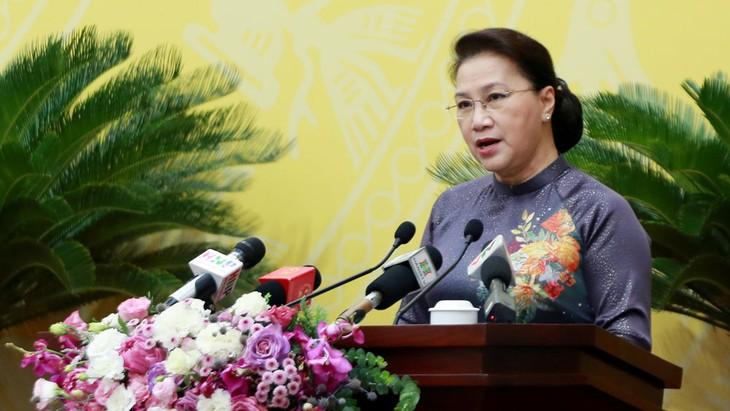 Chủ tịch Quốc hội Nguyễn Thị Kim Ngân phát biểu tại phiên khai mạc Kỳ họp 15, HĐND TP. Hà Nội khóa XV. Ảnh: Gia Huy