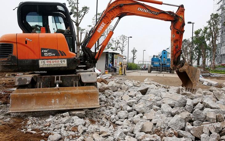 Từ đầu năm 2016 đến nay, Công ty CP Tư vấn SCOM được các chủ đầu tư giao làm bên mời thầu của 66 gói thầu, trong đó có 43 gói thầu xây lắp. Ảnh: Tiên Giang