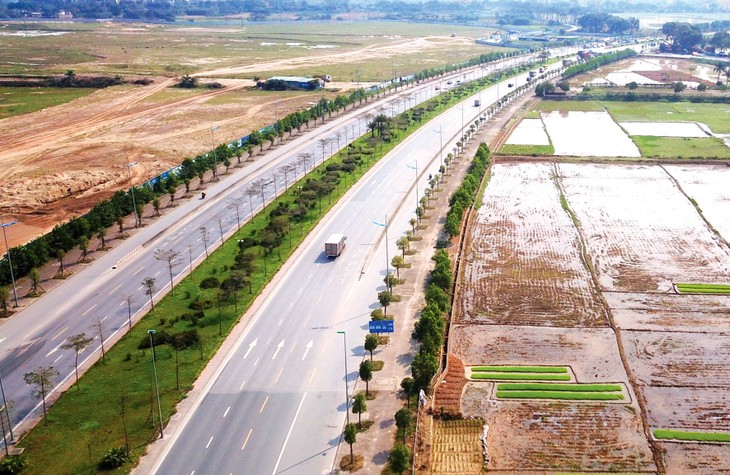 Công ty TNHH Thương mại và Xây dựng Trung Chính đã được chỉ định thầu thực hiện Dự án BT đường nối Quốc lộ 32C với đường Âu Cơ, TP. Yên Bái. Ảnh: Nhã Chi